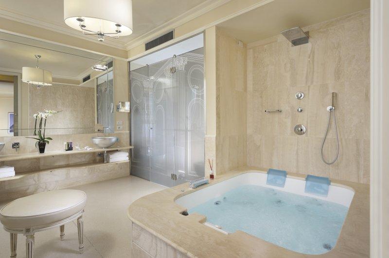 Bagni In Marmorino : Sala da bagno. bagno with sala da bagno. good villa palagio vecchio